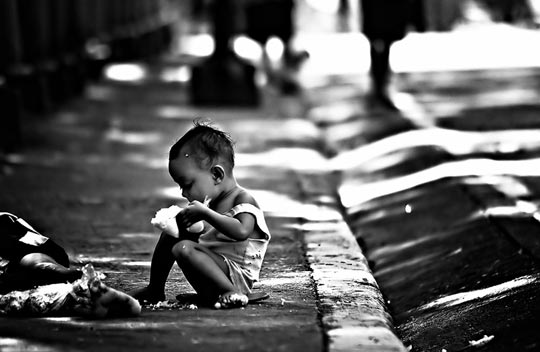 35 excellent photos to express the poverty