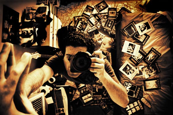 2 25 Nice and Creative Self Portrait Photos